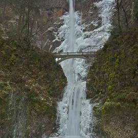 Todd Kreuter - Frozen Multnomah Falls ssA