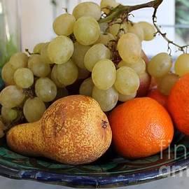 Angela  Gannicott - Fruit Tuscany Italy
