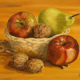 Andreja Dujnic  - Fruit with nuts
