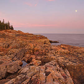Juergen Roth - Full Moon over Acadia National Park