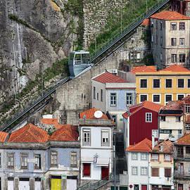 Artur Bogacki - Funicular dos Guindais in Porto
