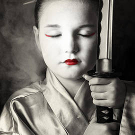Tim Nichols - Geisha