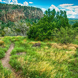 Bob and Nadine Johnston - General Crook Trail in the Arizona Mountains