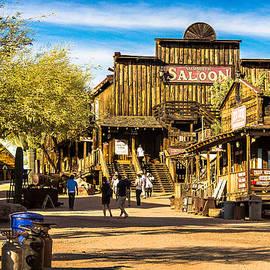 Bob and Nadine Johnston - Ghost Town Goldfield Arizona