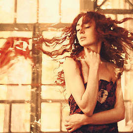 Ilona Shevchishina - Ginger Wind