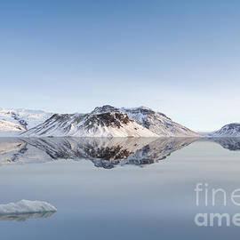 Bahadir Yeniceri - Glacier
