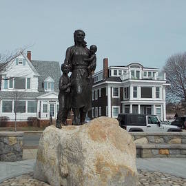 Catherine Gagne - Gloucester Fishermans Wives Memorial