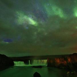 David Broome - Godafoss Aurora