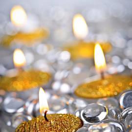 Elena Elisseeva - Gold Christmas candles