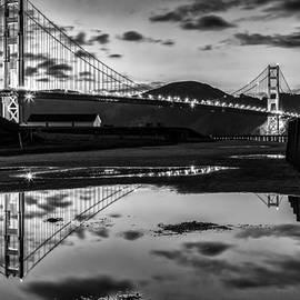 Dave Gordon - Golden Gate Bridge Self Reflection