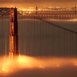 Francesco Emanuele Carucci - Golden Gate on Fire