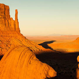 Gregory Ballos - Golden Hour at Monument Valley - Arizona and Utah Border