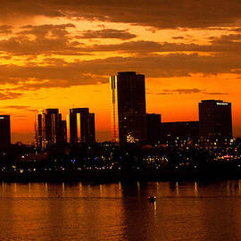 Denise Dube - Golden Skys Cloak The Long Beach Skyline