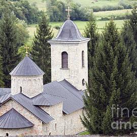 Ladi  Kirn - Gomionica monastery 2