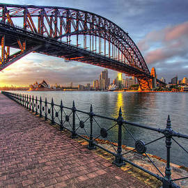 Linda D Lester - Good Morning Sydney