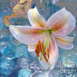 Beverly Guilliams - Gorgeous Blue Glass Lily