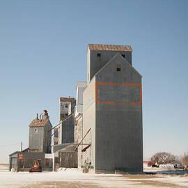 Jeff  Swan - Grain bins in Medicine Lake Montana