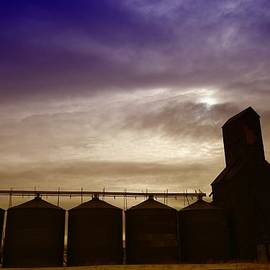 Jeff  Swan - GRAIN BINS IN RESERVE MONTANA
