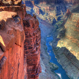 Bob Christopher - Grand Canyon Awe Inspiring