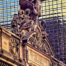 Mike Martin - Grand Central Terminal Exterior