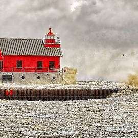 Nick Zelinsky - Grand Haven Lighthouse Winter