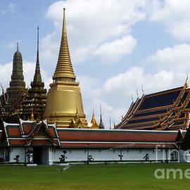 Bob Christopher - Grand Palace Bangkok Thailand 1
