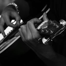 Jacque The Muse Photography - Guitar in the Park