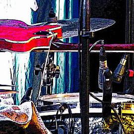 Colin Hunt - Guitar on Drum