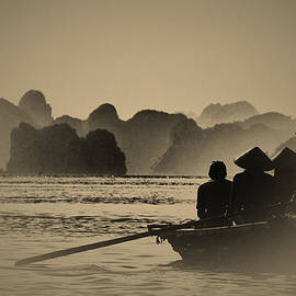 Jose Carlos Fernandes  - Ha Long Bay