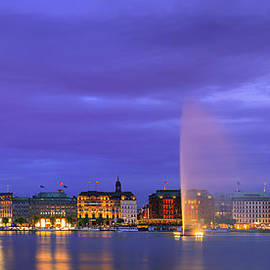 Henk Meijer Photography - Hamburg at the blue hour