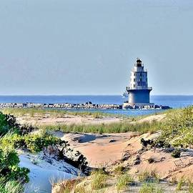 Kim Bemis - Harbor of Refuge Lighthouse
