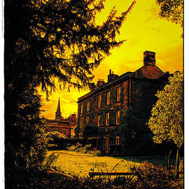 Michael Braham - Haunted House In Peak District - England