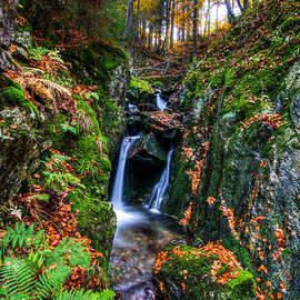 Michael Herrmann - HDR Wasserfallsteig