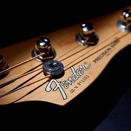 Peter Tellone - Headstock