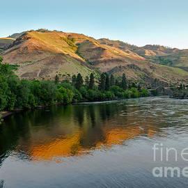 Robert Bales - Hells Canyon Morning Reflections