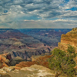 Dr Bob and Nadine Johnston - Hermit Road Viewpoint Grand Canyon National Park