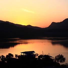Aidan Moran - Himalayan Sunrise