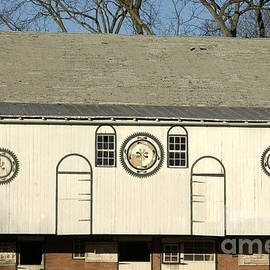Anna Lisa Yoder - Historic Barn with Hex Signs in Pennsylvania