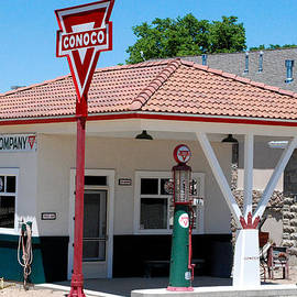 Robert Ford - Historic Restored Conoco Gas Station Overland Museum Sterling Colorado