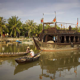 Kim Andelkovic - Hoi An River Boats