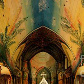 Kris Hiemstra - Holy Art