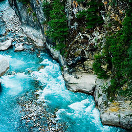 Raimond Klavins - Holy Ganga river in Himalayas India