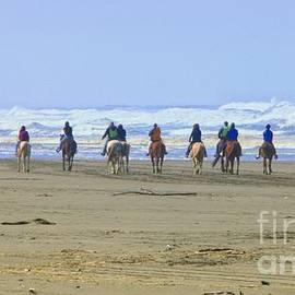 Scott Cameron - Horseback Riders