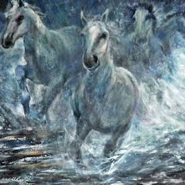 Sylva Zalmanson - Horses running in water