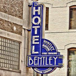 Scott Pellegrin - Hotel Bentley