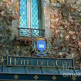 France  Art - Hotel de la Cite