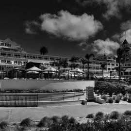 Lance Vaughn - Hotel del Coronado 002 BW