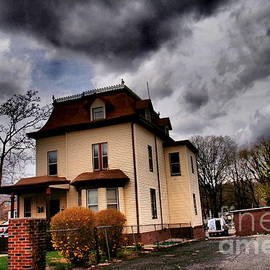 Miriam Danar - House with Storm Approaching