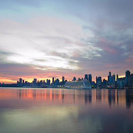 Bill Cannon - Hudson River Sunrise NYC