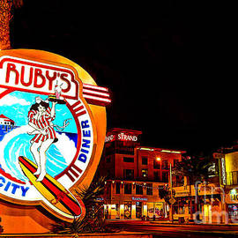 Jim Carrell - Huntington Beach Downtown Nightside 2